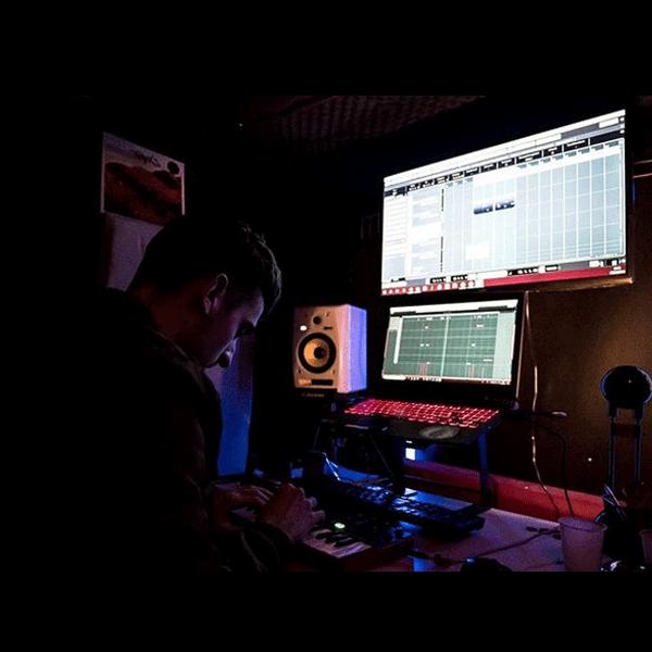 hotsauce-nicolas-dubois-nidsound-composer-audio-designer-music-producer-recorder-sound-designer